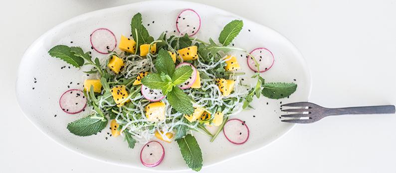 Kelp Noodle Salad with Mango & Peanut Ginger Dressing